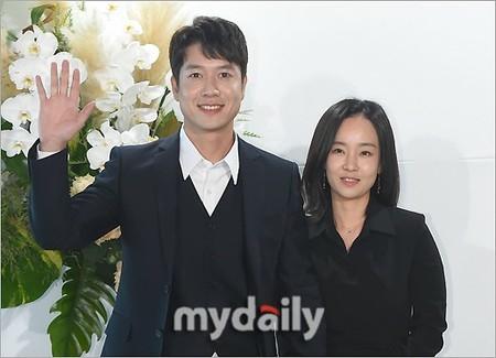 俳優チョン・ヒョンジェ&元女子プロゴルファーのパク・ミンジョン夫妻、第2子が誕生(WoW!Korea)