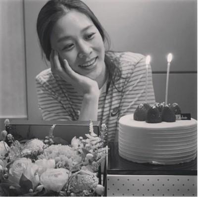 【トピック】女優チャン・シニョン、夫の俳優カン・ギョンジュンとの結婚2周年をを祝う(WoW!Korea)