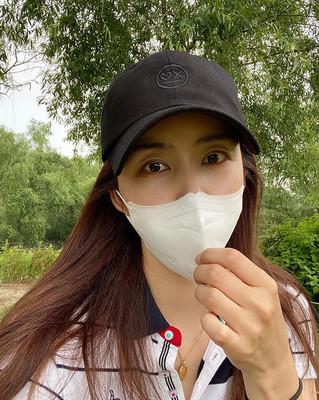 パク・ソルミ マスクでも隠せない美しさ(朝鮮日報日本語版)
